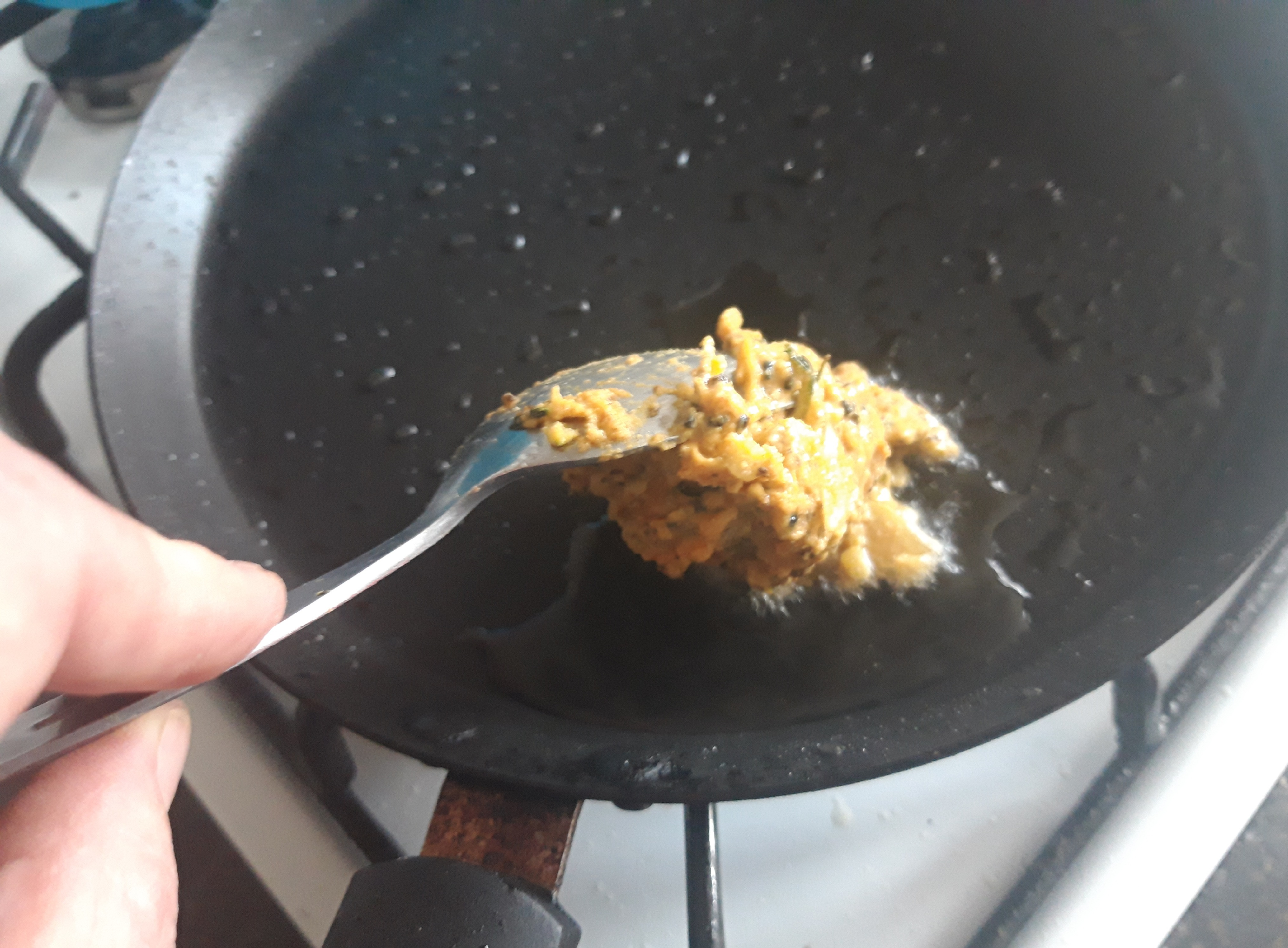 frying a bhaji burger